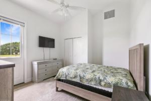 Grooms Bedroom 2